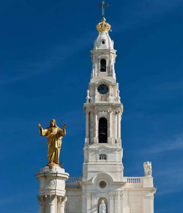 Fatima tower pilgrimage